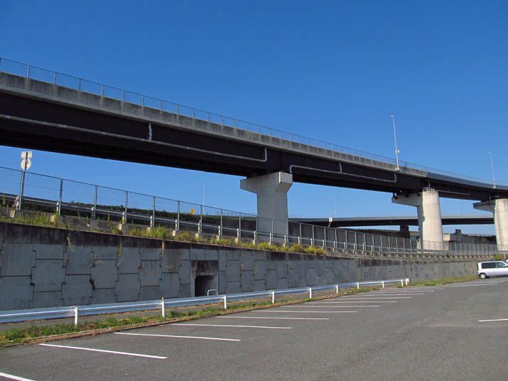 130919 山陰道の陸橋.jpg