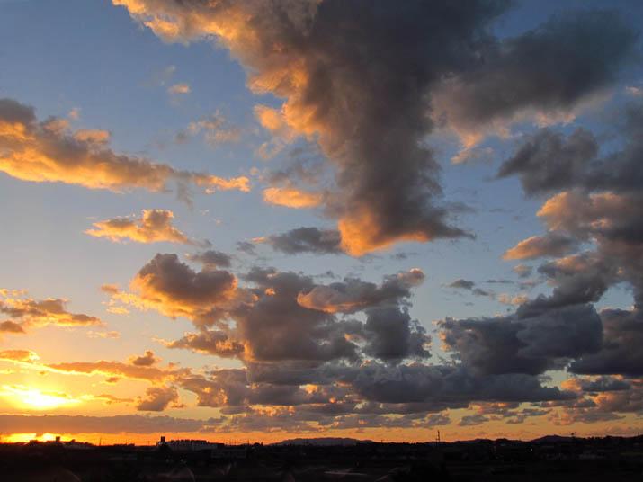 130926 夕焼け雲.jpg