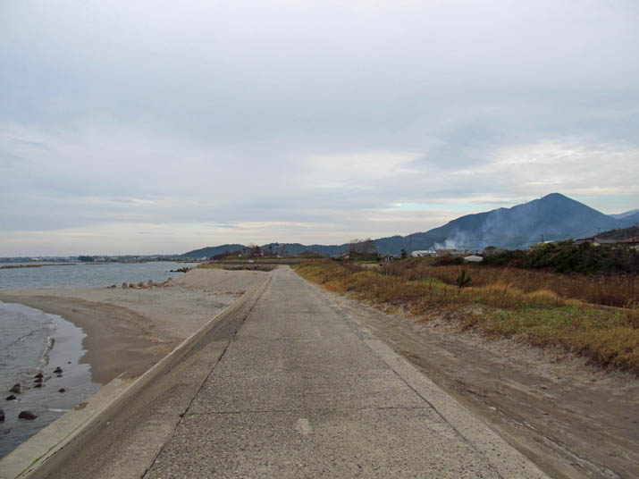 130929 海岸遊歩道の終わり.jpg