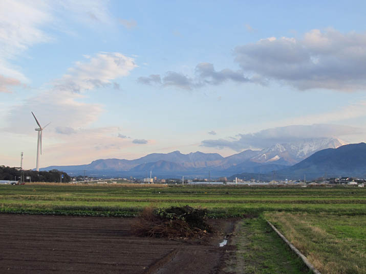 131117 大山と風車.jpg