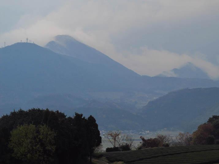 131211 孝霊山の雲.jpg