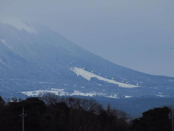 131223 スキー場の明かり.jpg