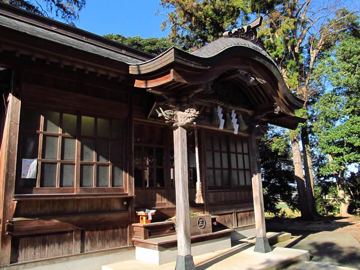 140105 三輪神社の建物.jpg