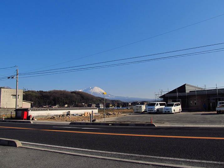 140129 僅かに見える大山.jpg