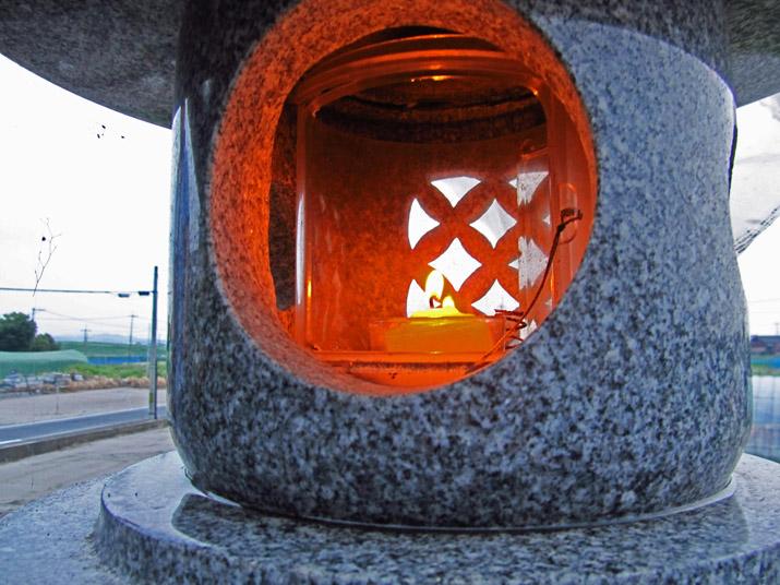 140813 灯籠の明かり.jpg