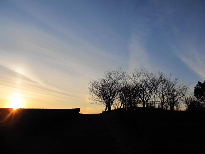 141201 壺瓶山山頂の夕日.jpg