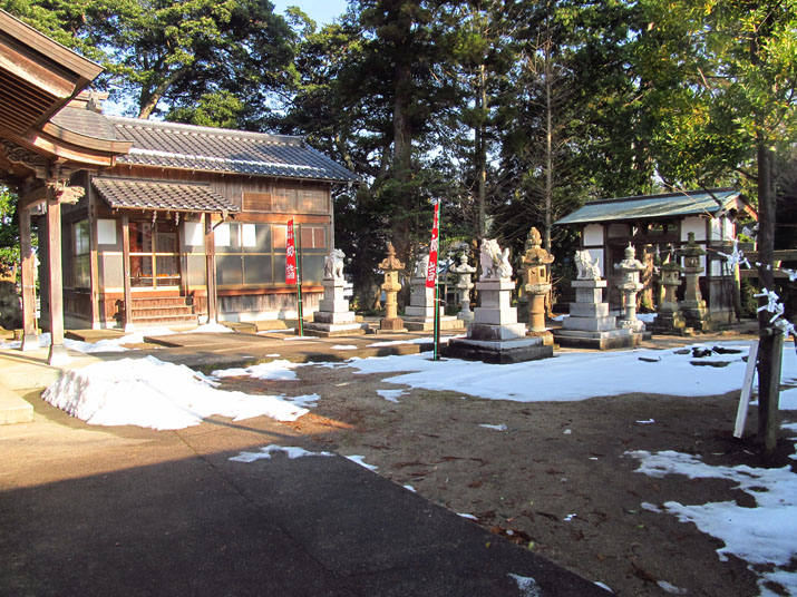 150109 三輪神社.jpg