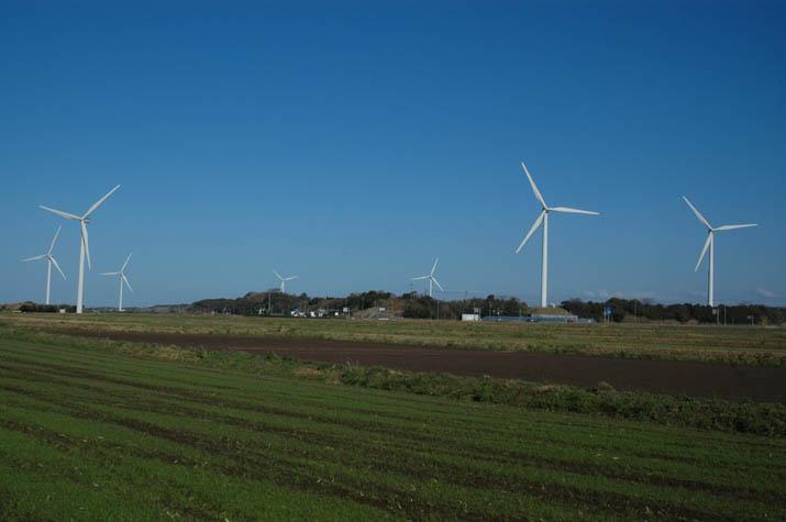 大山町の風車の建つ風景.jpg
